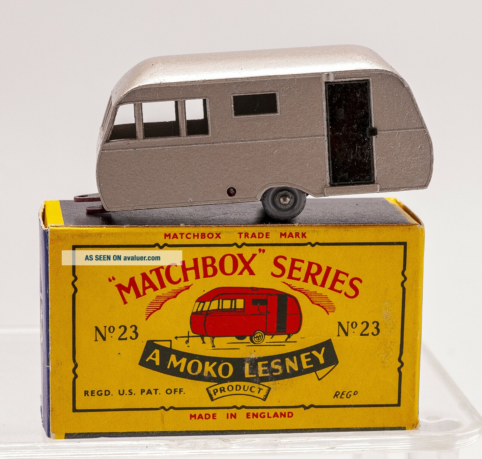 MATCHBOX LESNEY Moko 23C BLUEBIRD DAUPHINE Caravan B5 black door